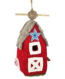 Country Barn Birdhouse