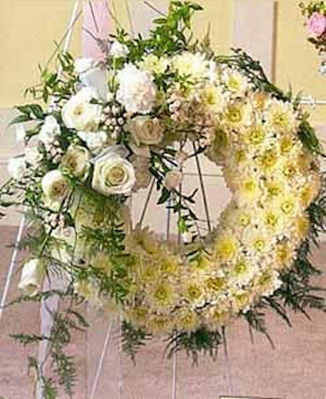 Pure White Sympathy Wreath Julias Nc Funeral Flowers